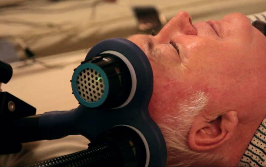 Estimulación Transcraneal Magnética repetitive (ETMr)